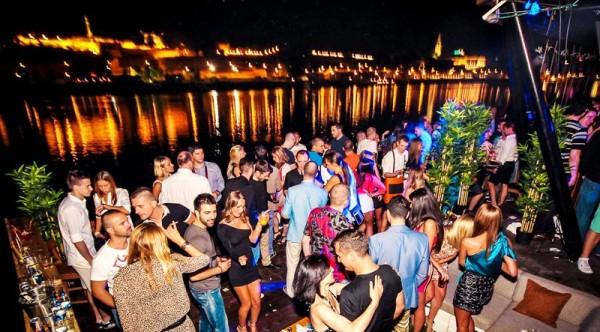 Noćni život u Beogradu NightlifeClubs