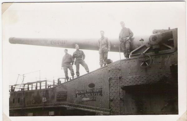 Eisenbahn artillerie abteilung 640 Montélimar/Marseille - Page 2 German%20Railway%20Gun%20Caesar%202