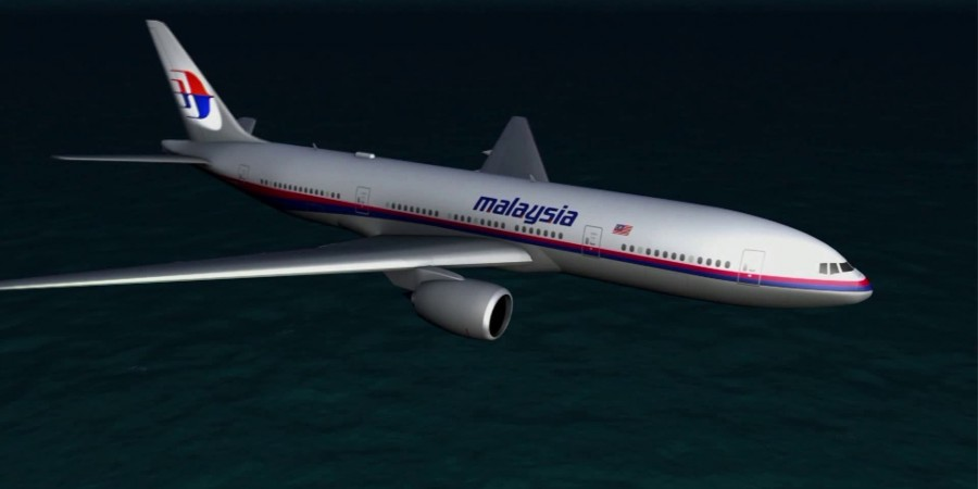 MH370 debris? Officials Investigating After a Piece of a Boeing 777 Washes Up in Mozambique MH370-1-900x450
