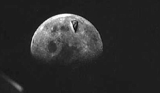 Huge Triangular Shaped Object Found On The Moon In Apollo 8 Photo. Was It A UFO? ObjOnMoonMay2016