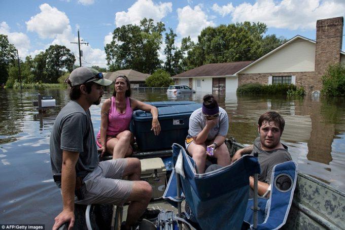 Louisiana Flood Update LousianaFlooding_aug2016-1-e1471445401454