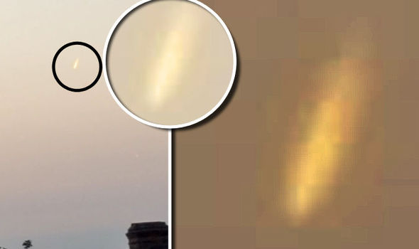 Massive Slow Moving FIREBALL Photographed over London UFO-713349