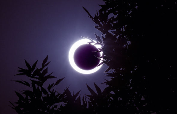 'Black Moon' Friday Ring-of-fire-666333