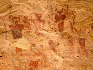 Amazing Discovery in India: 10,000 Year old Rock Paintings Depicting Possible UFO's and ET's IndiaET-CavePainting12