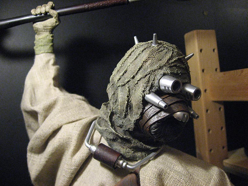 Tusken Raider Premium Format Figure - Page 3 Photo%20012