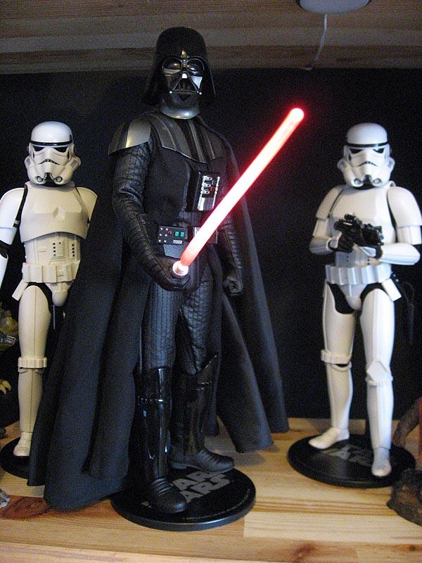 Darth Vader 12 inch figure 09