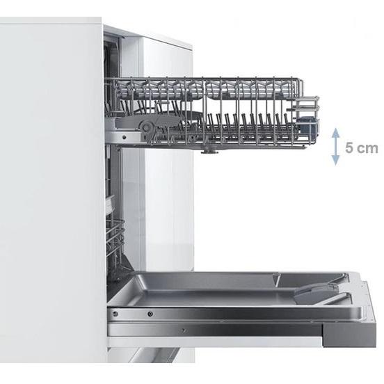 Đánh giá thực tế máy rửa bát Bosch SMI46KS00E Thiet-ke-tinh-te%2C-hien-dai%2C-mang-den-khong-gian-bep-sang-trong-cho-gia-dinh-ban