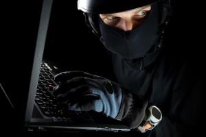 Mural de Missões Laptop-thief-hacker-300x200