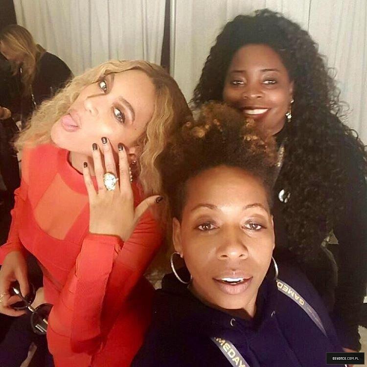Beyoncé > Apariciones en público <Candids> [IV] 12568810_511855858995389_693922486_n