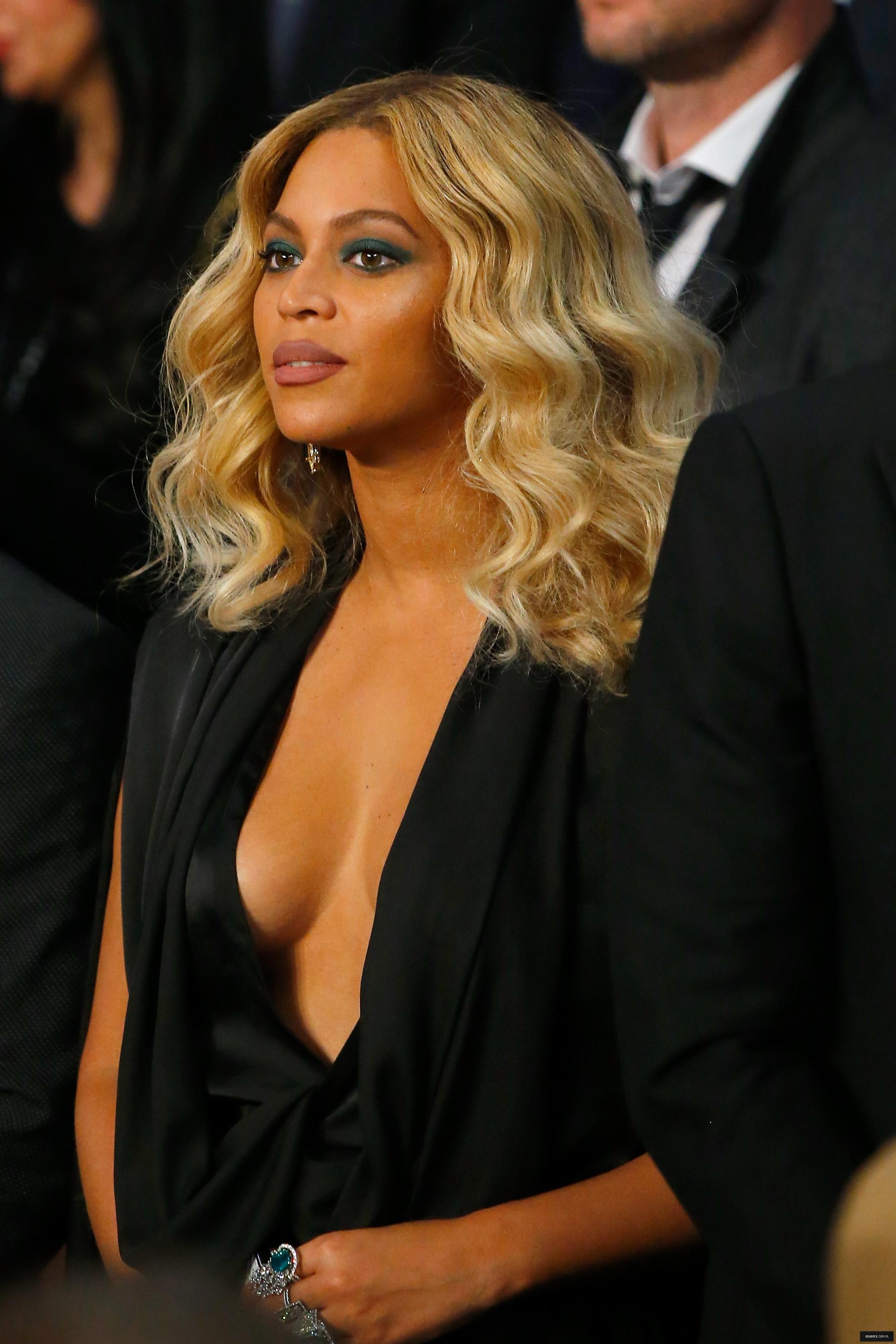 Beyoncé > Apariciones en público <Candids> [III] - Página 50 21-11-2015lasvegas_15