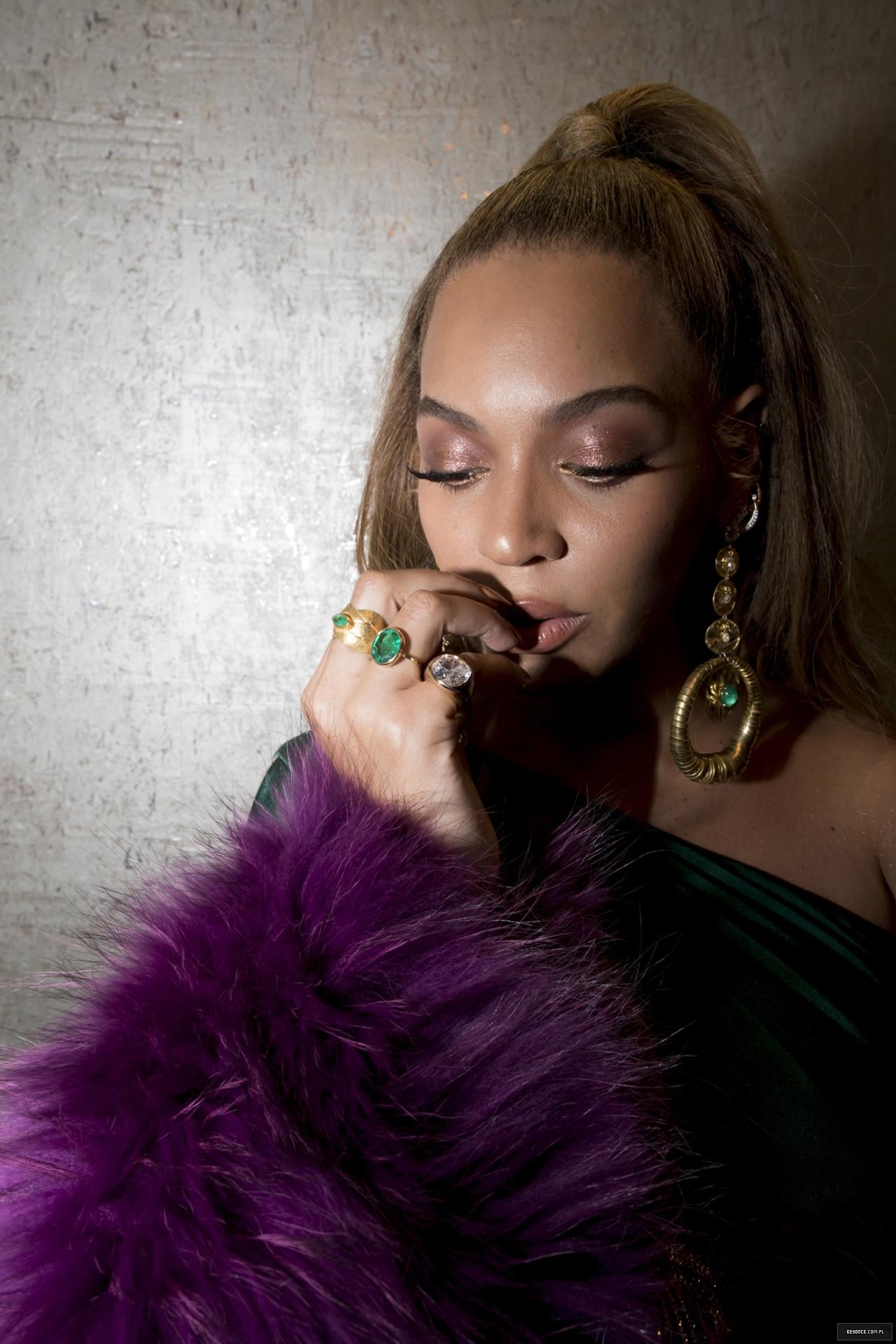 Beyoncé - Twitter (@Beyonce), Instagram (Baddiebey), Tumblr (I Am...) [II] - Página 17 3%7E4