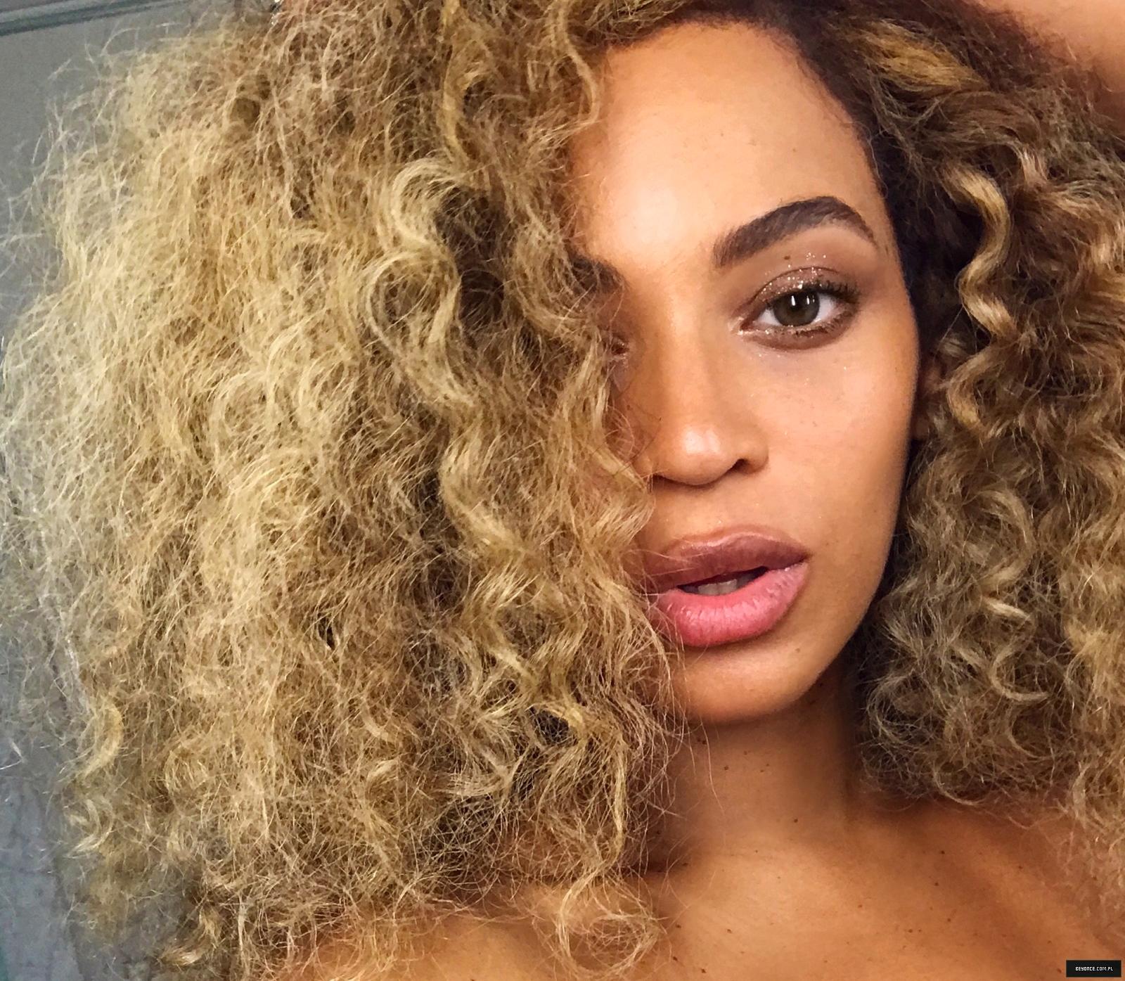 Beyoncé - Twitter (@Beyonce), Instagram (Baddiebey), Tumblr (I Am...) [II] - Página 17 6%7E3