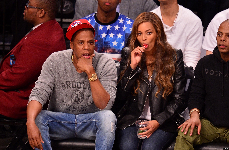 Beyoncé > Apariciones en público <Candids> [III] - Página 25 Toronto-brooklyn_game3_27
