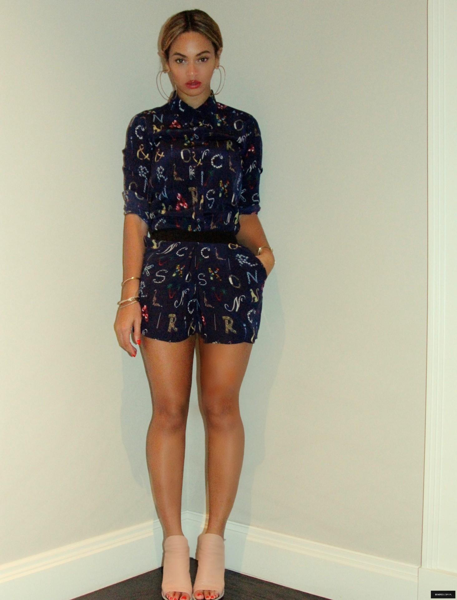 Beyoncé - Twitter (@Beyonce), Instagram (Baddiebey), Tumblr (I Am...) [II] - Página 11 Unknown-61