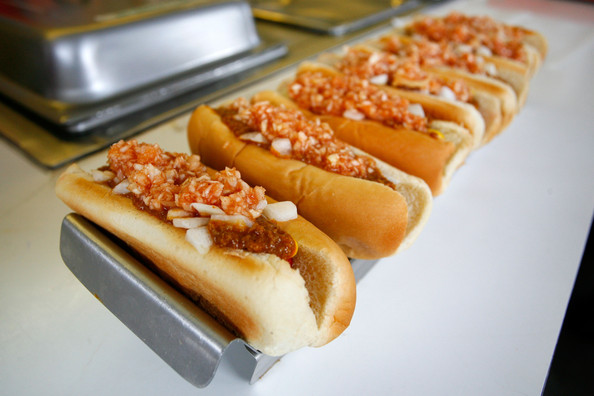 Les images insolites de la F1 - Page 3 Martinsville-Hot-Dogs