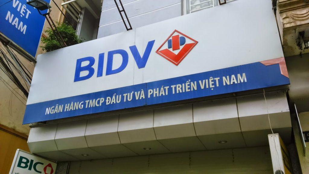 Nội, ngoại thất: làm biển quảng cáo tại hai bà trưng -Quảng cáo màn hình led Lam-bien-quang-cao-tai-hai-ba-trung-1024x576