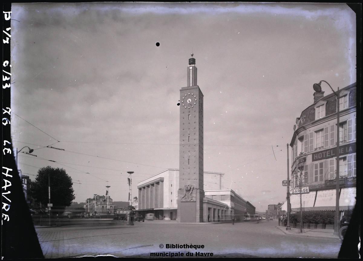 Photos historiques du réseau havrais (bus, tram, funi...) - Page 8 13992-hy0onsshu7-whr