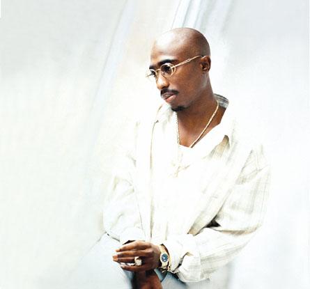 صور للمغني الراب الراحل الرائع توباك شكور Tupac-shakur-mm01