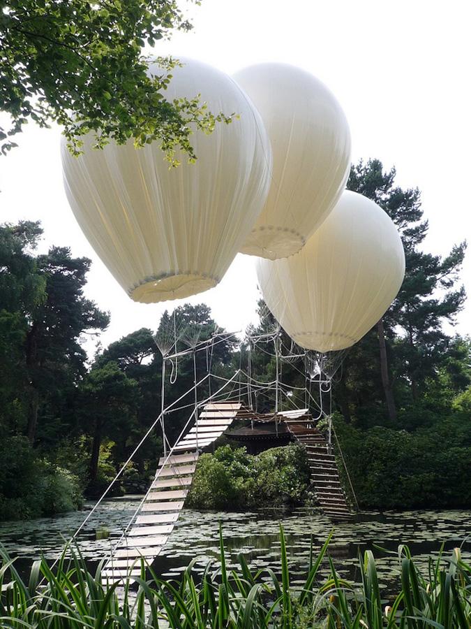 Самые большие и красивые мосты мира - Страница 2 Three-Giant-Balloons-3