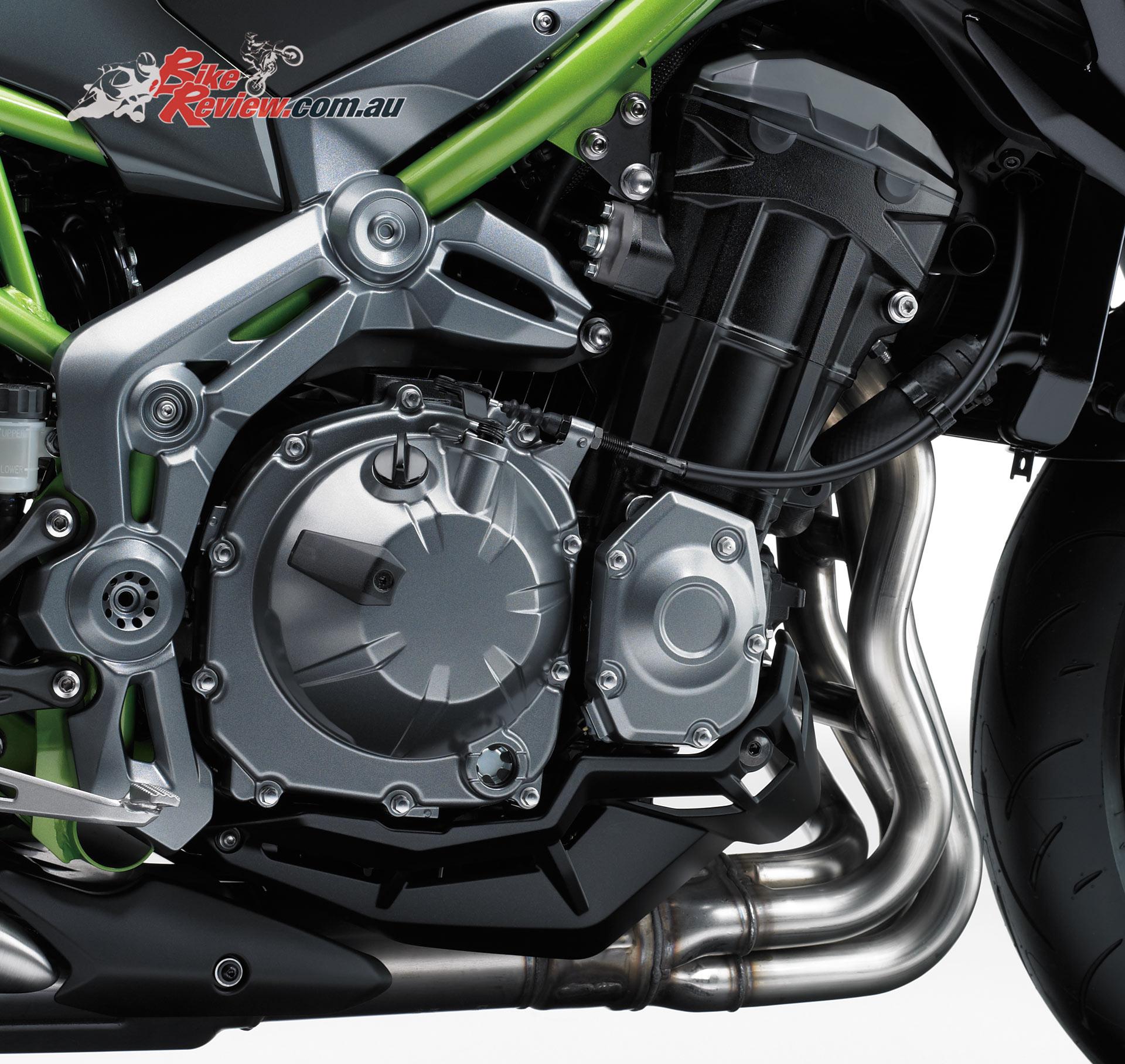 Z900 et Z650 2017 - Page 3 2017-Kawasaki-Z900-16