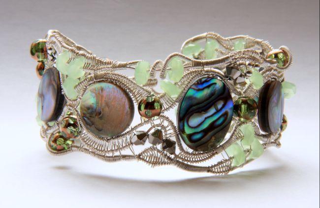 Эксклюзивные украшения из проволоки  Bras-perl2