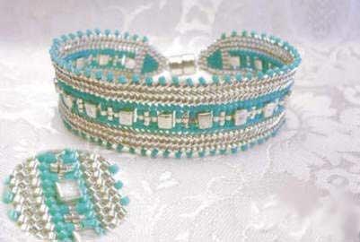 объемные браслеты из бисера и колье... Bb3