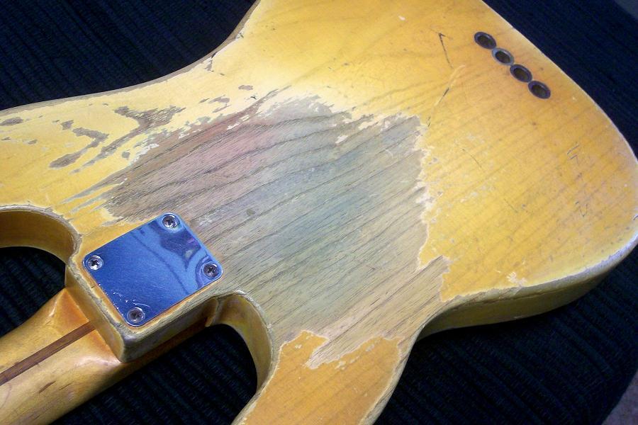 "Fender ""relic"" ou ""vintage"" Basses -53%20PRECISION%20BASS%20169"