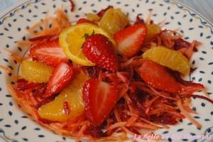 Salade vitaminée aux fraises T-Salade_vitamin_e