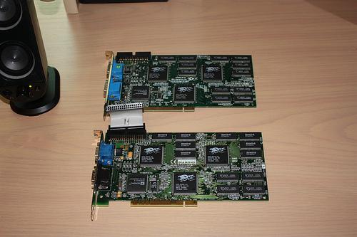 [EST] Cartes PC 3DFX 2 + 3DFX 1 + Soundblaster Live 5.1 + etc... Diamond_Monster_3DII_Voodoo2_SLI_Carte