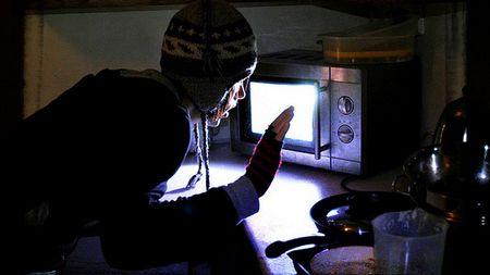 Protéger son micro onde et prévenir de l'obsolescence programmée Microwave-oven-lights