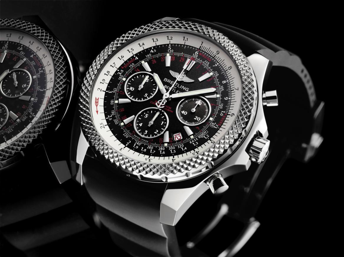 Feu des plus belles montres à lunettes guillochées Bentl1