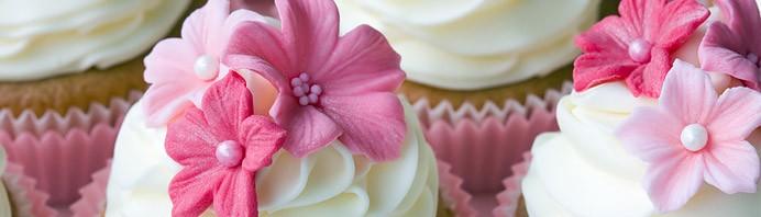 The cream of the cream  Cupcakes-fleurs-692x198
