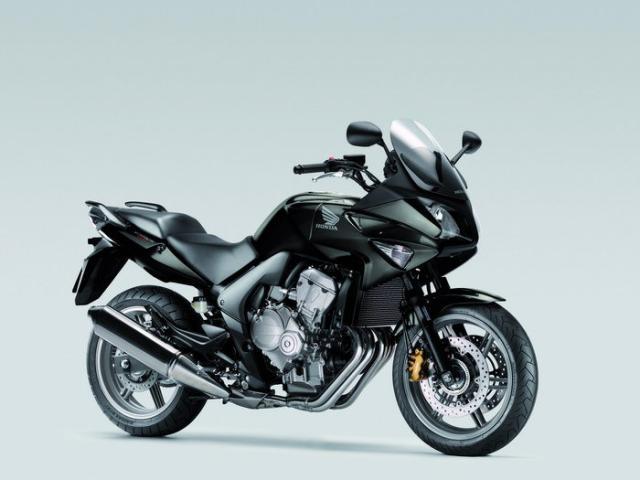 JO - Quelle moto ? - Page 6 Honda-cbf-600-s-3