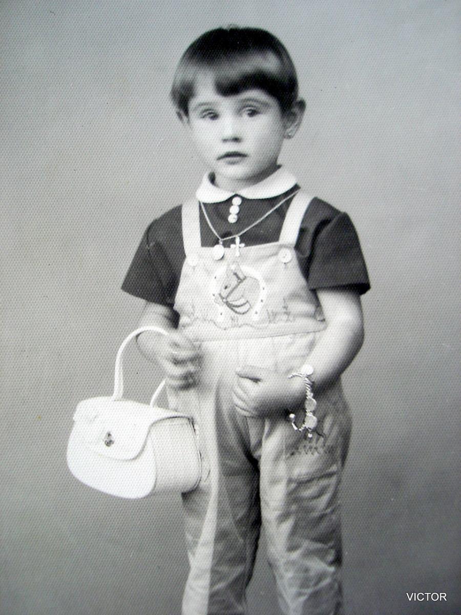 Ropa y accesorios antiguos de bebe, ni@s Antigua-foto-postal-nina-anos-50-ropa-tipica-de-epoca_MLA-F-130755828_8952