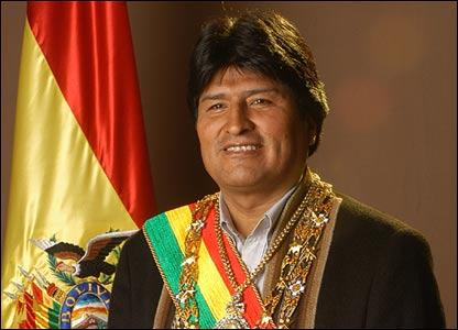 "Evo Morales  : ""Là où il y a un ambassadeur des USA, il y a un coup d'État"" Evo_morales"