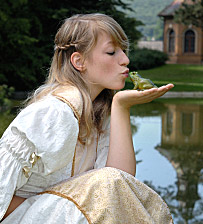 Sang bleu et bave de crapaud.                                                                                                                    Archive ressortie en écho au  poème de Thunderbird :  Princesse