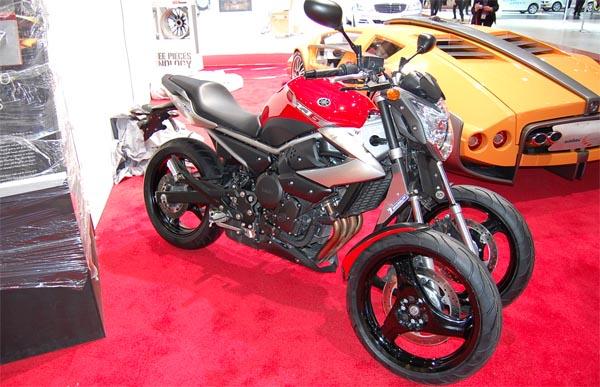 Yamaha 3 Roues pour 2014 Yam-trike0301
