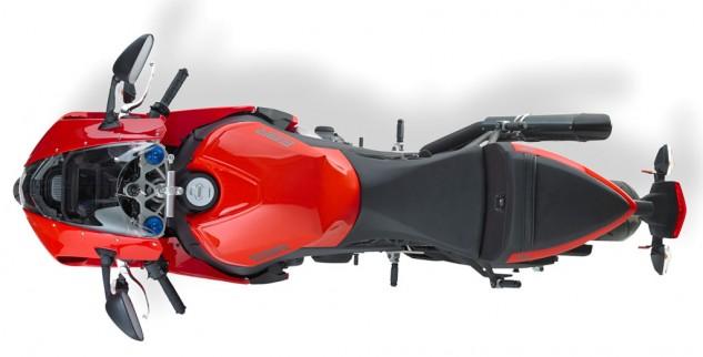 EBR 1190 RX & SX EBR-1190RX-Overhead-02-633x322