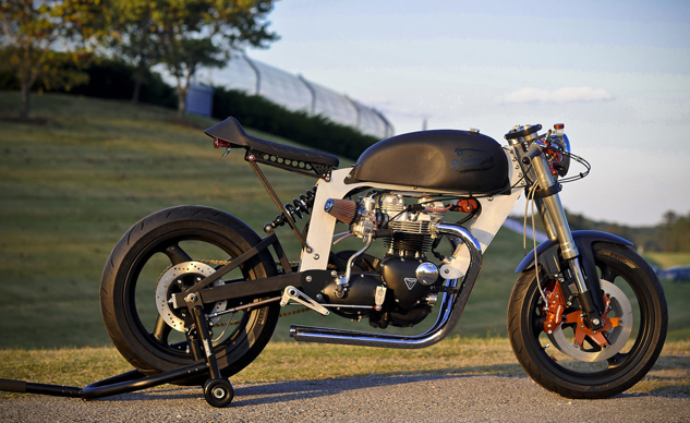 Made in England  - Page 8 Bucephalus-Triumph-Custom-Motorcycle-right-beauty