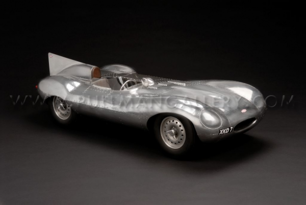 John Elwell - maquettes automobiles au 1:4 John_elwell_shortnose-jaguar-d-type_01