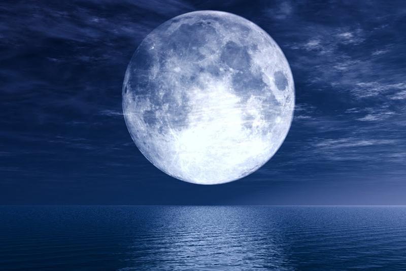 [JEU] 3 images = 1 film - Page 3 Super-lune