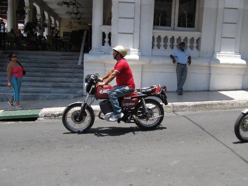 MZ CUBAINE! Mz_zschopau_santiago_kuba_05