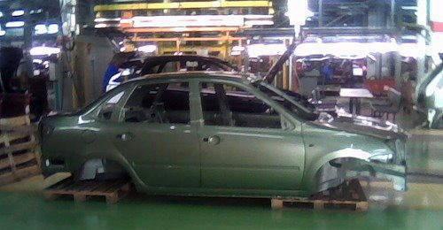 2010 - [Lada] 2190/Granta Lada-2190-spyshot.3