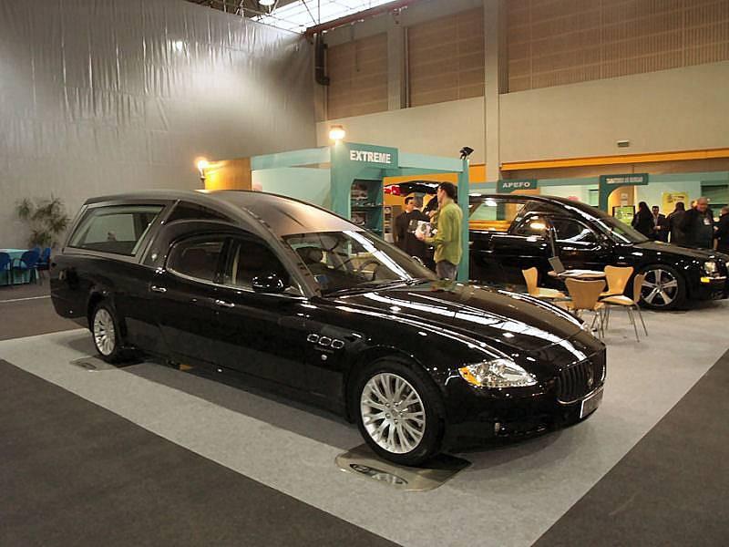 [ALFIERI69] - Quattroporte Sport GTS Nero - Page 2 Maserati_quattroporte_funebra-01a