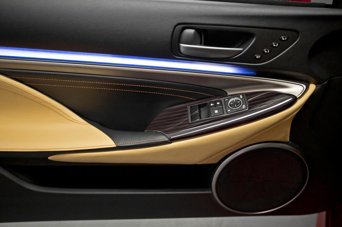 2014 - [Lexus] RC Coupé / RC-F - Page 2 2015-Lexus-RC-door-panel