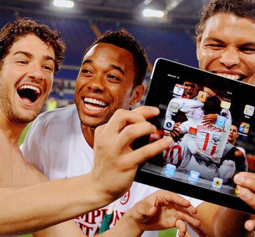 FIFA quer proibir uso de iPad e iPhone pela equipe técnica durante as partidas de futebol 28-futebol_ipad02