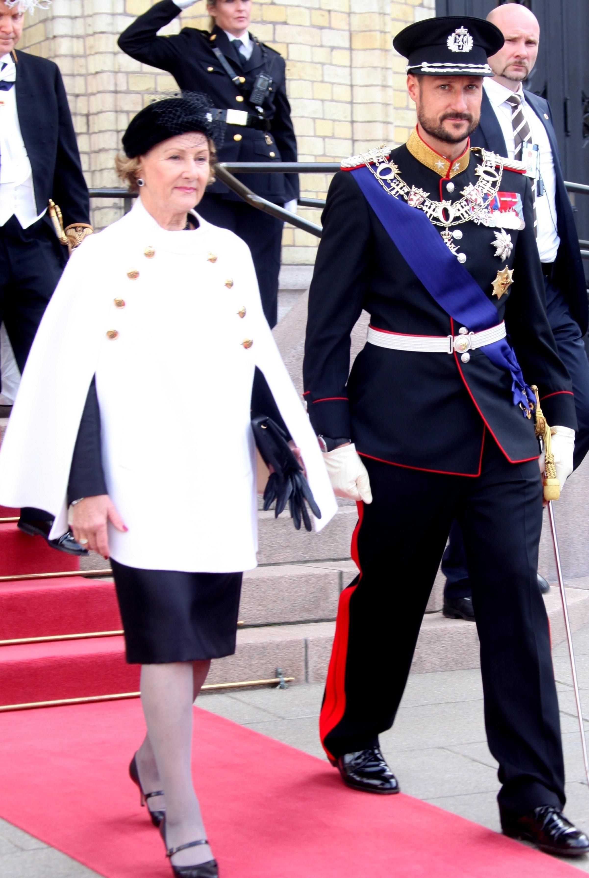 Sonja Haraldsen. Reina de Noruega - Página 11 Ste_the_opening__3129418-e1381333514162