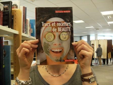 le Book Face - Page 2 .DSCF0774_m