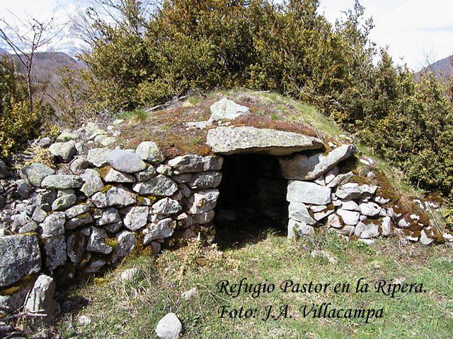Unos días en el Pirineo Refugio-pastor-la-ripera