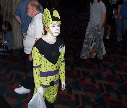 LE GRAND FOURRE-TOUT - Page 32 Dragonball_z_cell_anime_cosplay
